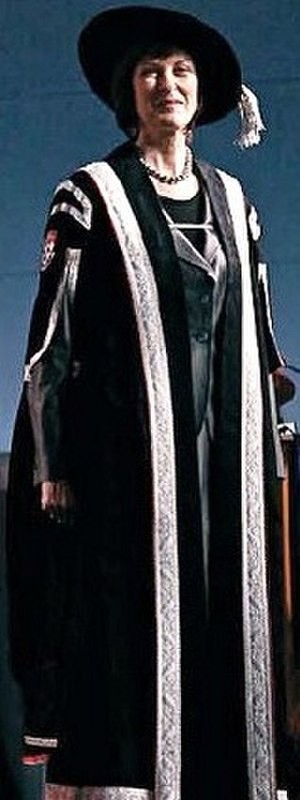 Academic dress - Ceremonial robe of McGill University's principal and chief executive