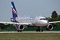 Airbus A-319 (4937367770).jpg