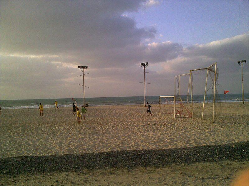File:Ajman beach-13.jpg