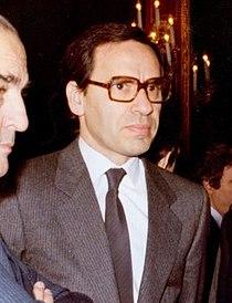 Alfonso Guerra con los ministros de Asuntos Exteriores, Cultura y Agricultura, en el Congreso de los Diputados (cropped).jpeg