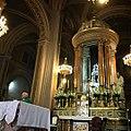 Altar principal y manifestador de plata Caedral de Morelia, México.jpg