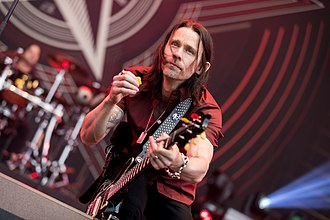 Alter Bridge - Image: Alter Bridge 2017155184247 2017 06 04 Rock am Ring Sven 1D X MK II 1243 AK8I0538