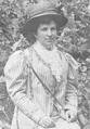 Alzira Costa (Cauterets, Julho de 1909).png