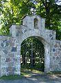 Ambla kirikuaia värav.JPG