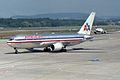 American Airlines Boeing 767-223(ER) N328AA (27380553493).jpg