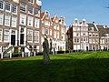Amsterdam - Begijnhof (3416046684).jpg
