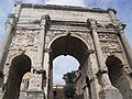 Arch of Septimius Severus (5987190432).jpg
