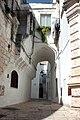 Arco cisternino centro storico.jpg