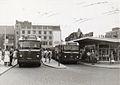 Arnhem trolleybus en dieselbus.jpg