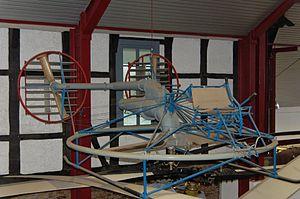 Bückeburg Hubschraubermuseum 2011-by-RaBoe-22.jpg