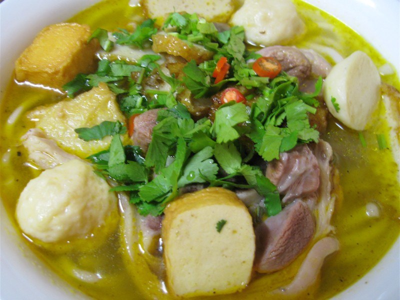 Banh-Canh-Noodle-Soup