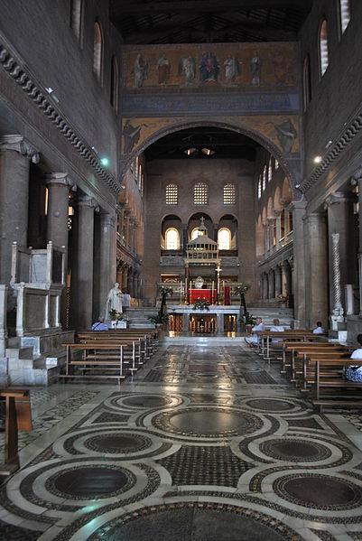 File:Basílica de São Lourenço Fora de Muros - Nave principal.JPG