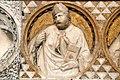 Bassorilievo di Tino di Camaino dettaglio 3.jpg