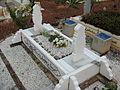 Batu nisan (perempuan) kubur Islam.JPG