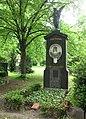 Berlin, Kreuzberg, Bergmannstrasse, Dreifaltigkeitsfriedhof II, Grab Marie Seebach.jpg