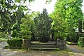 Berlin-Neukölln Old St. Jacobi churchyard 15 (40817046535).jpg