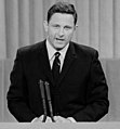 Birch Bayh speaking at 1968 DNC (cropped1).jpg