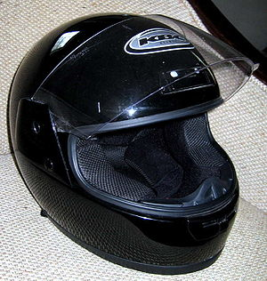 300px BlackFullCoverageMotorcycleHelmet - Helmet Debate Revs Up Again in Pennsylvania, NY and PA Motorcycle Lawyer Says