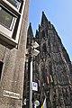 Blick aus Domgäßchen Köln.jpg