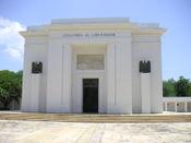 Monumento conmemorativo a Simón Bolívar, cerca de Santa Marta, Colombia