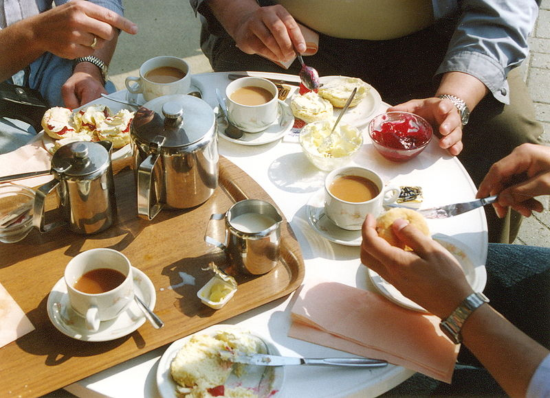 File:Bourton-on-the-water 1990 cream tea.jpg