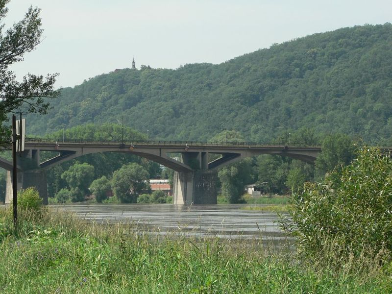 File:BranickýBridge.JPG