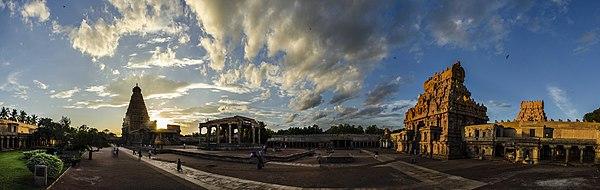 Brihadeeswara temple panorama