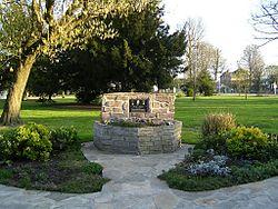 Brou sur Chantereine Monument Pierre Danton.jpg