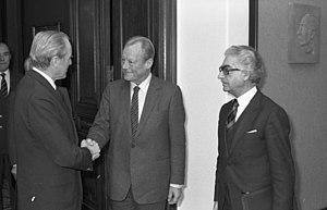 Gerhard Jahn - Gerhard Jahn (right) with Willy Brandt and Karl Carstens