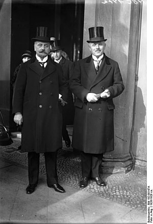 German Democratic Party - Image: Bundesarchiv Bild 102 00147A, Wilhelm Külz und Otto Karl Geßler
