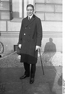 Bundesarchiv Bild 102-10973, Parker Gilbert.jpg