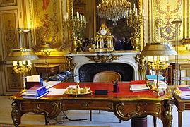 Lys e palace wikipedia - Bureau veritas france head office ...