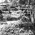 COLLECTIE TROPENMUSEUM De rivier Campuhan bij het door Rudolf Bonnet ontworpen monument ter nagedachtenis aan de kunstenaar Walter Spies TMnr 60030328.jpg