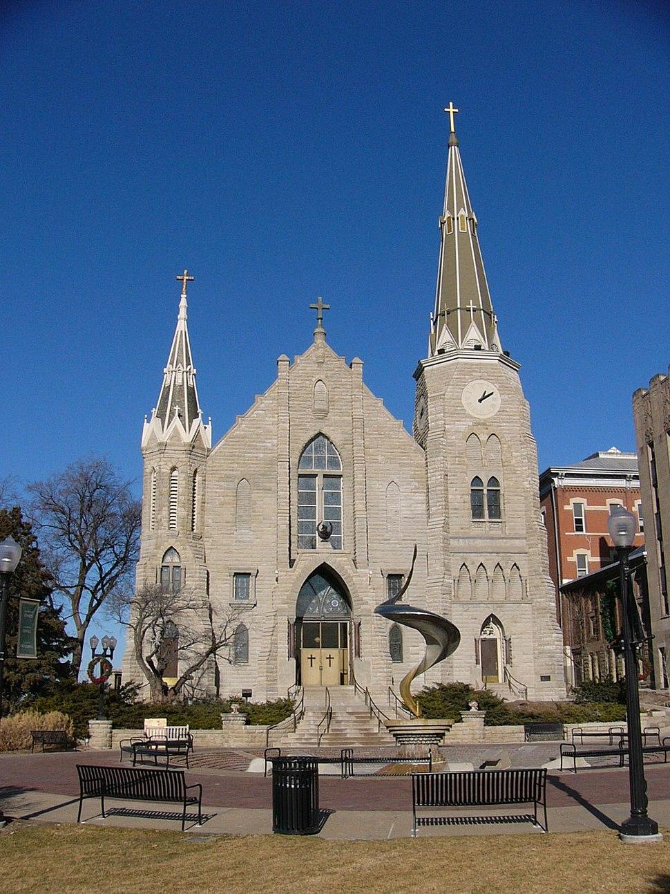 CU St Johns exterior - main entrance