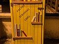 Cabane Livres Rue Menthon St Cyr Menthon 3.jpg