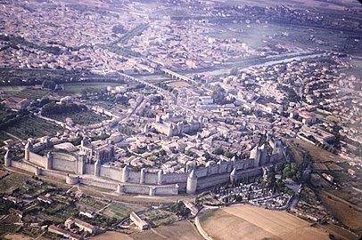 Carcassonne walled city.jpg