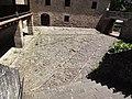 Castillo de Javier (Javier-Navarra) - Patio con empedrado original.jpg