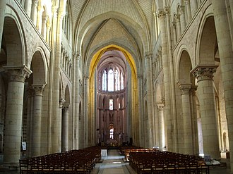 Le Mans Cathedral - View from the Romanesque nave towards the High-Gothic choir