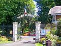 Cauffry (60), entrée du parc de la mairie.jpg