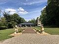 Château Hesse de Flixecourt - Orangerie vue de face.jpg