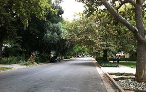 Willow Glen, San Jose - Image: Cherry Avenue south of Britton Avenue in Willow Glen, California