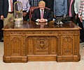 Chicago Cubs with President Trump (cropped).jpg