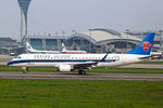 China Southern Airlines ERJ-190LR B-3205 (8757127004).jpg