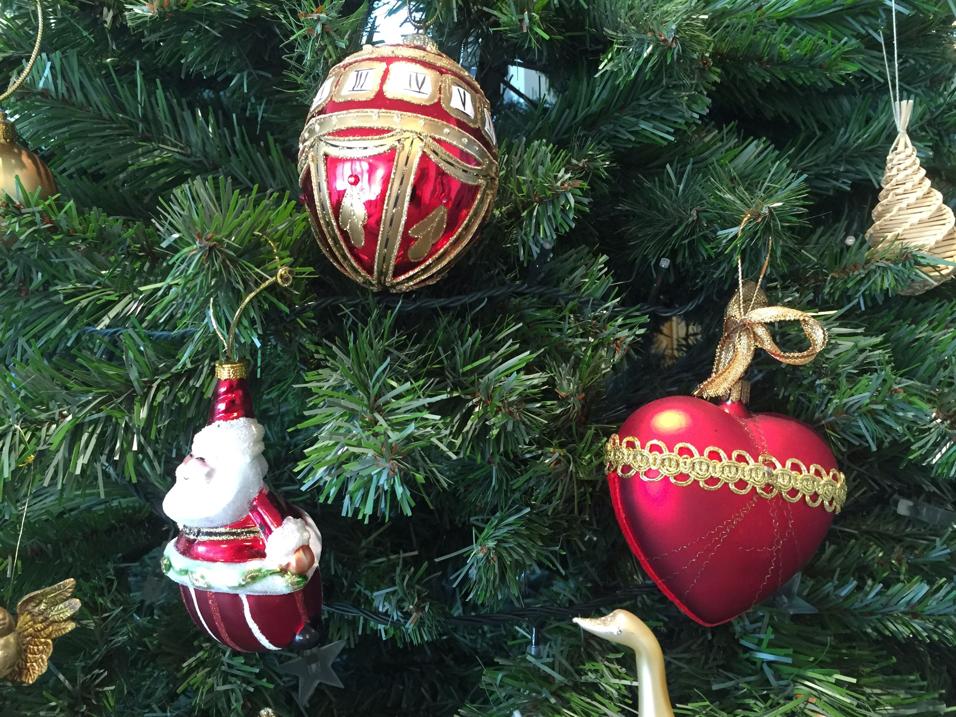 Christmas tree decorations in poland for A common decoration for the top of the tree