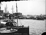 Circular Quay, Sydney, looking west (2362661905).jpg