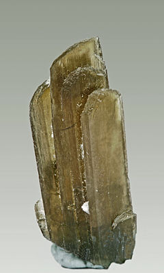 Clinozoisite - Mount Belvidere Quarries, Vermont, USA.jpg