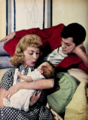 Color portrait of Tony Curtis, Janet Leigh, and Kelly Curtis.png