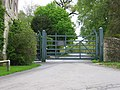 Combe Lodge Gate - geograph.org.uk - 7152.jpg