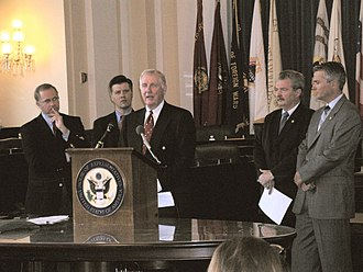 Mike Sodrel - Sodrel at a joint press conference with Dan Burton, Steve Buyer, Chris Chocola, and John Hostettler in 2005