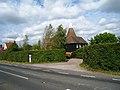 Crockhurst Oast, Crockhurst Street, Tudeley, Kent - geograph.org.uk - 557870.jpg